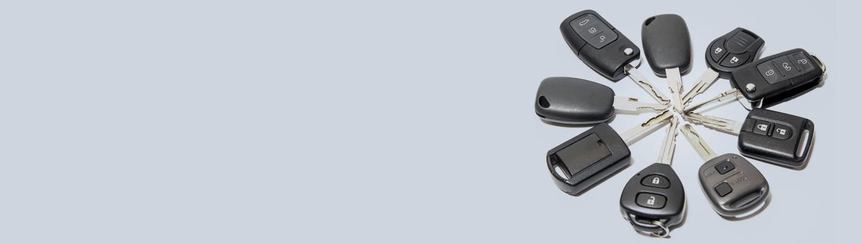 A ring of car keys pointing inwards